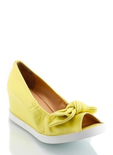 Poletto Dolgu Topuklu Ayakkabı Sarı